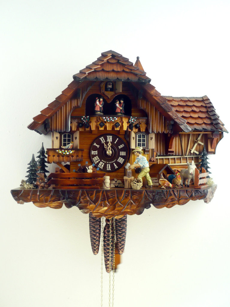 cuckoo clock black forest house with extension and wood. Black Bedroom Furniture Sets. Home Design Ideas